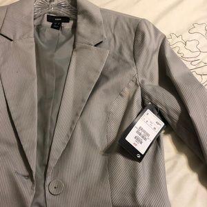H&M blazer Gray with thin white stripes Size 6 NWT